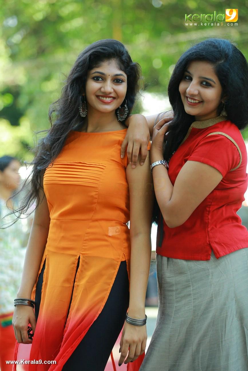match box movie promotion at thiruvananthapuram photos 111 069