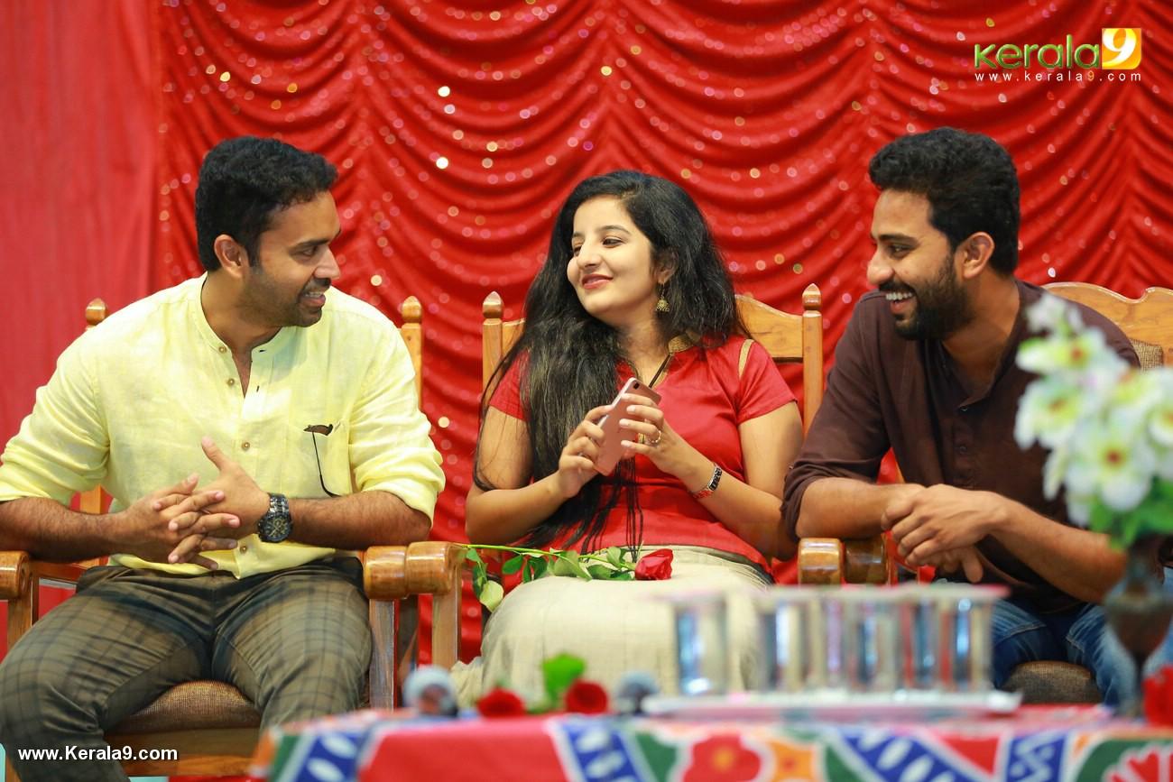 match box movie promotion at thiruvananthapuram pics 333 006