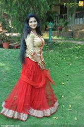 sruthi lakshmi at mizhi thurakku malayalam movie pooja photos 004