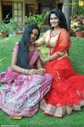 mizhi thurakku malayalam movie pooja pictures 012
