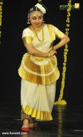 mohiniyattam dance performance photos 0923 019