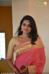 krishnapriya at muktha george reception photos  004
