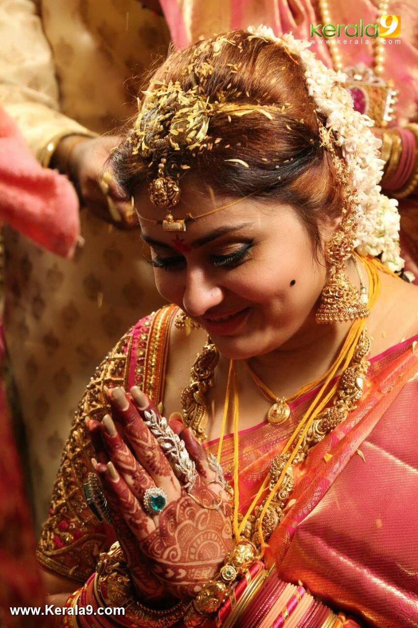 actress namitha marriage photos 003