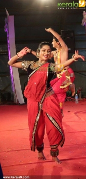 navya nair dance performance at karikkakom devi temple picture gallery 444 002