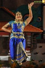 navya nair dance performance at nishagandhi festival 2014 photos 014
