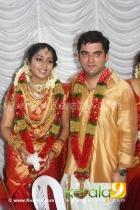 2590navya nair wedding pictures 001 0