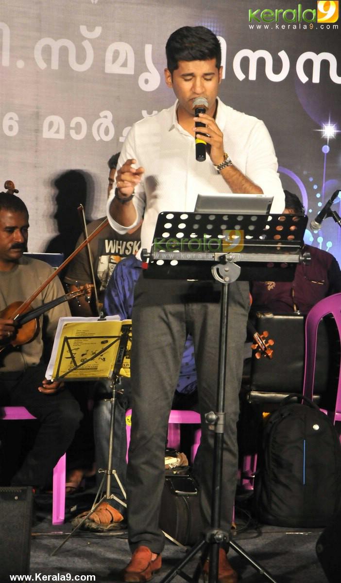 onv smrithi sandhya 2016 vijay yesudas photos 999 009