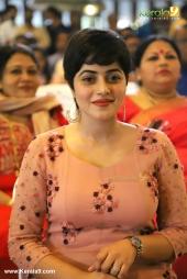 shamna kasim at oru kuttanadan blog movie pooja photos  066