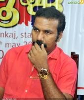 oru maha sambavam movie audio release stills 400 001
