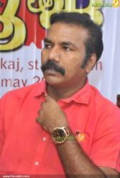 oru maha sambavam movie audio release stills 400