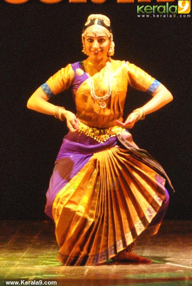 padmapriya and jayalakshmi easwar dance at soorya dance and music festival 2016 pics 456 003