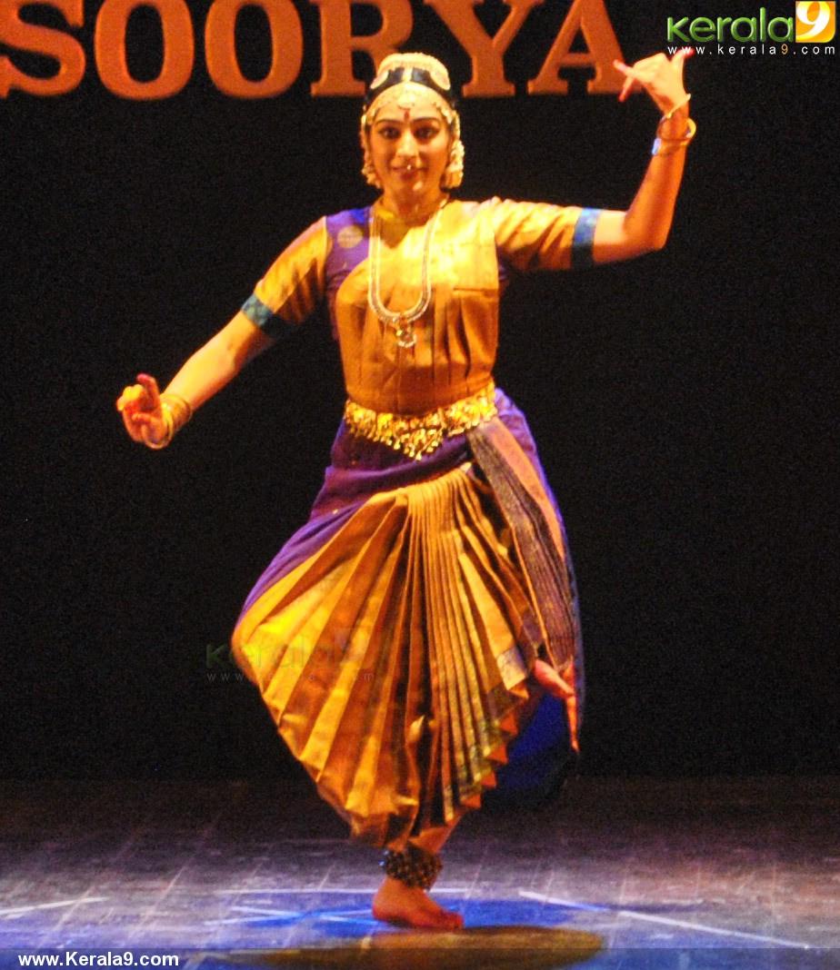 padmapriya and jayalakshmi easwar dance at soorya dance and music festival 2016 pics 456 008