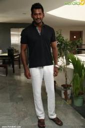 vishaal at production no 7 tamil movie pooja photos 120 004