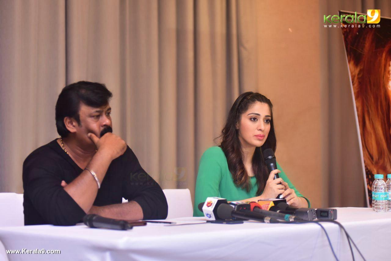 raai laxmi at julie 2 movie press meet in kerala stills 444 002