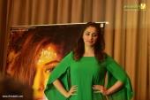 raai laxmi at julie 2 movie press meet in kerala pictures 333 001