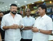 jayaram at ramraj cotton thiruvananthapuram showroom inauguration pictures 231 004