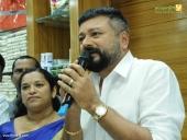ramraj jayaram at cotton thiruvananthapuram showroom inauguration photos 100 004