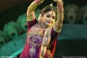 kavya madhavan dance at raveendra sangeetha sandhya 2014 photos 001