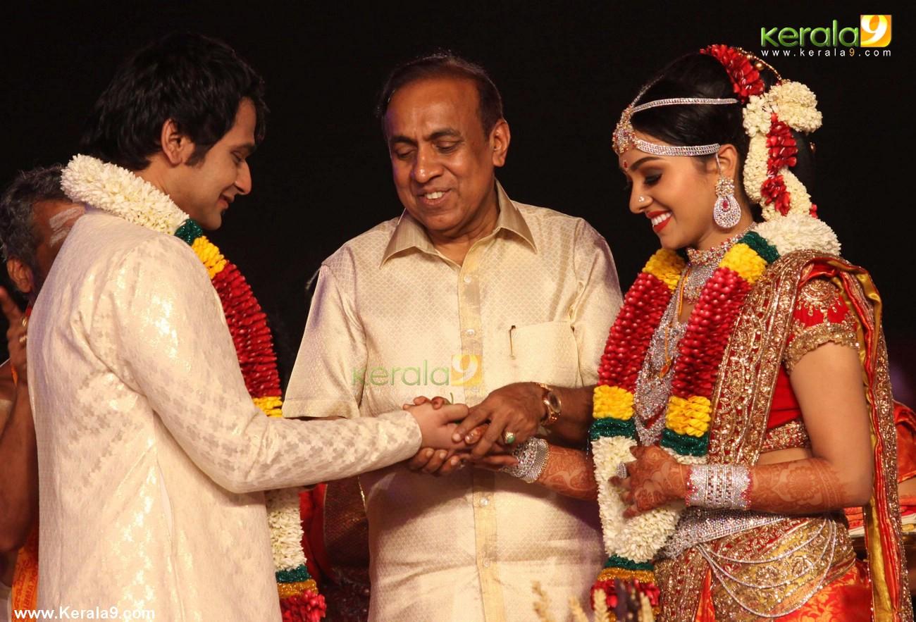 146 Rarely Seen Ravi pillai family photo