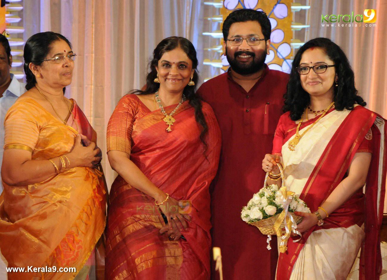 b sandhya sabarinathan mla marriage photos 033