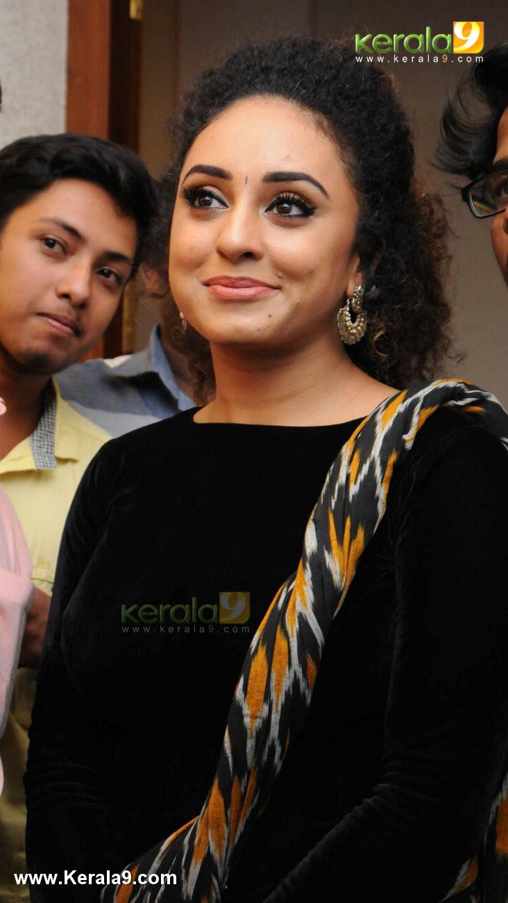 sabarinath mla divya iyer marriage photos  033