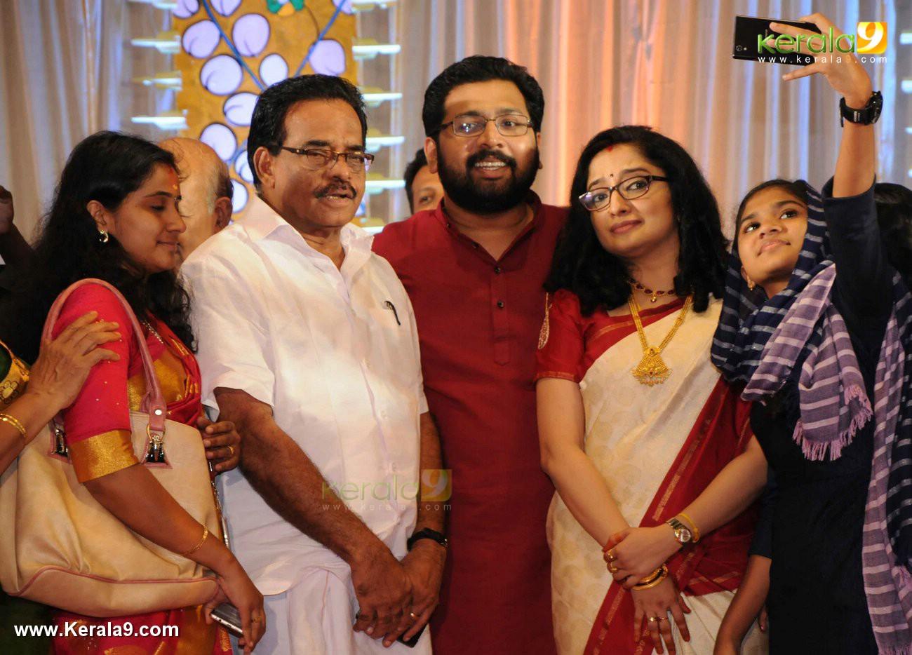 sabarinathan mla marriage photos