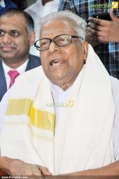 vs achuthanandan in sachin tendulkar at kerala blasters team announced photos 004