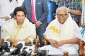vs achuthanandan in sachin tendulkar at kerala blasters team announced photos