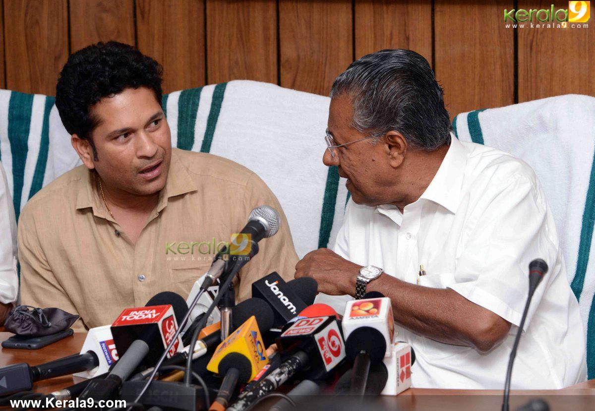 Sachin tendulkar visit chief minister pinarayi vijayan ...