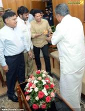 sachin tendulkar visit chief minister pinarayi vijayan photos 100 001