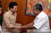 sachin tendulkar visit chief minister pinarayi vijayan photos 100 003