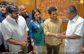 sachin tendulkar visit chief minister pinarayi vijayan pics 200 001
