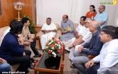 sachin tendulkar visit chief minister pinarayi vijayan pics 200 002
