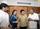 sachin tendulkar visit chief minister pinarayi vijayan pics 200 003