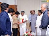 sachin tendulkar visit chief minister pinarayi vijayan pics 200 004