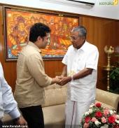 sachin tendulkar visit chief minister pinarayi vijayan pics 200 007