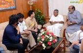 sachin tendulkar visit chief minister pinarayi vijayan pics 200