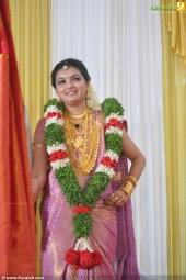 saranya mohan wedding reception photos11 004