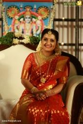 actress sarayu mohan marriage photos  007