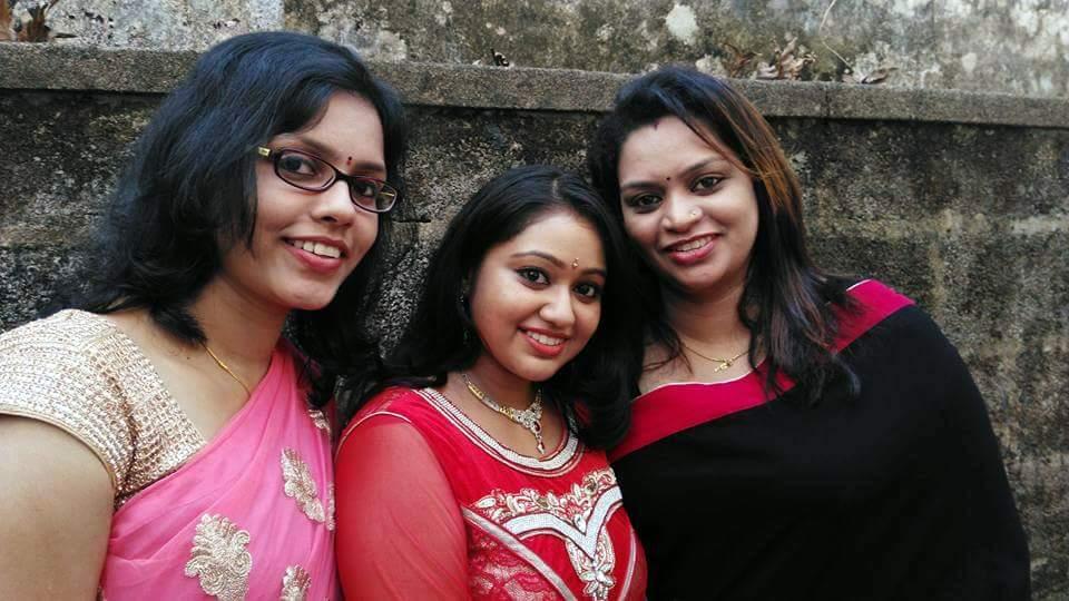 chandanamazha amrutha meghna engagement photos  010