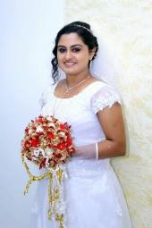 actress sini varghese marriage photos 02 00
