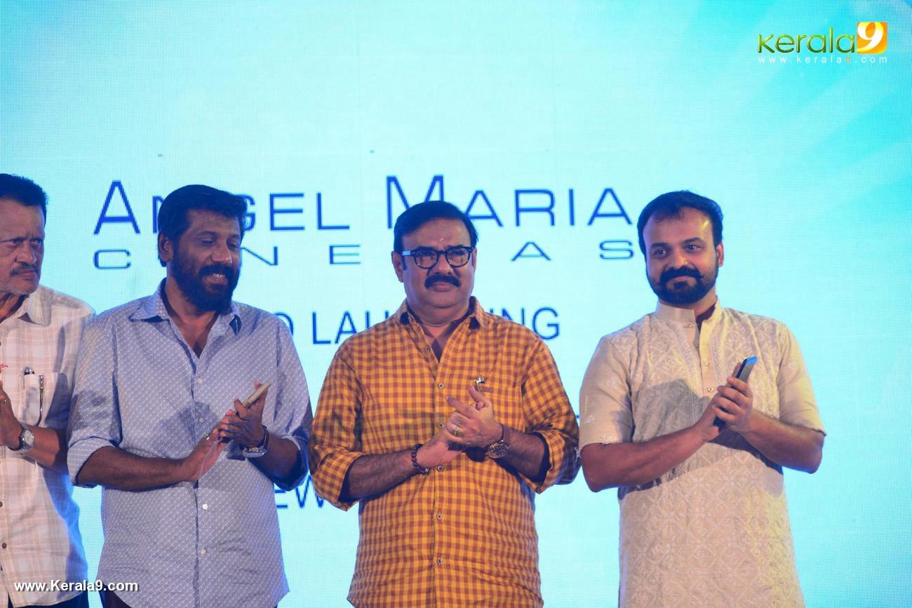 shikari shambu malayalam movie pooja pics 431 00