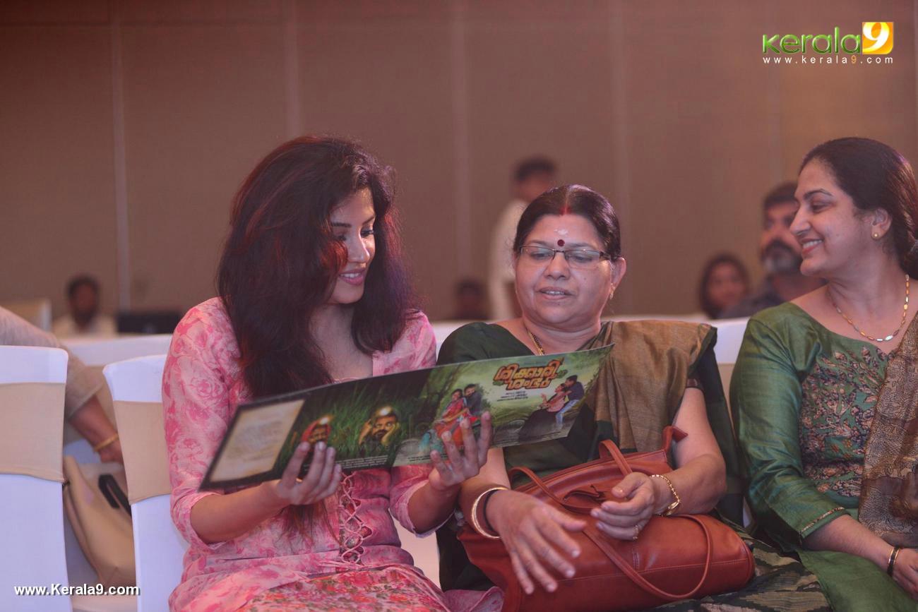 shikari shambu malayalam movie pooja pictures 222 010