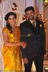 shivada nair murali krishnan wedding reception pictrures 110 014