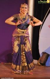 shobana dance at soorya dance and music festival 2015 stills09 004