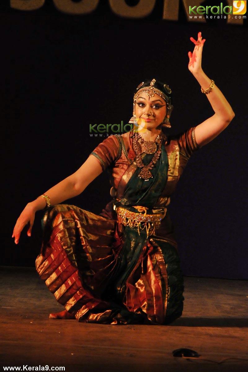 shobhana narayan