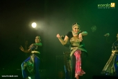 shobana trance dance performance at kochi stills 009 016