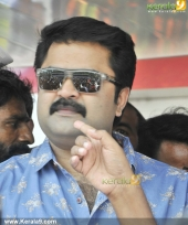 anoop menon at smart bus shelter inauguration photos 400 006