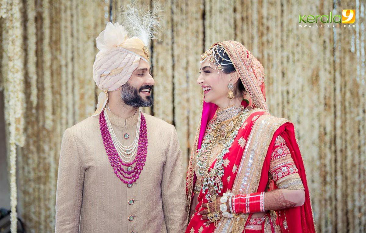 sonam kapoor marriage photos  3