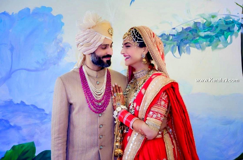 sonam kapoor wedding images 093932 2